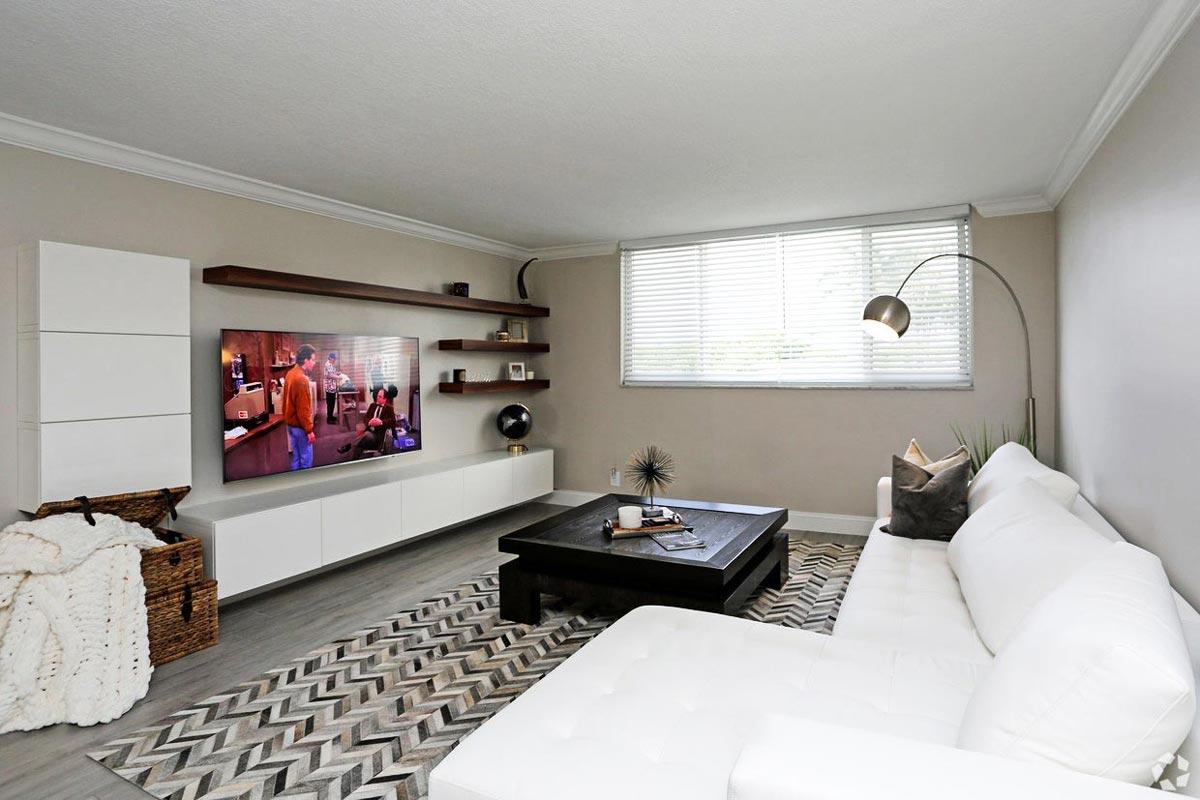 601 N Ocean Living Room view 2