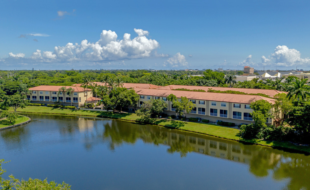 san-marino-at-town-place-boca-raton-fl-aerial-photo